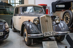 德累斯顿,德国- MAI 2015年:IFA F8 Cabrio奥迪1955年在德累斯顿 库存照片