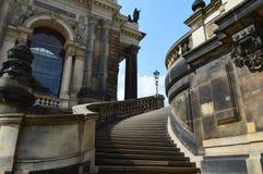 德累斯顿画廊台阶  免版税库存照片