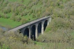 德贝郡顶头monsal高架桥 免版税库存图片