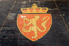 徽章挪威的,代表在商业同业公会的喷泉 库存照片