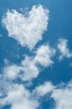 心形的云彩 免版税图库摄影