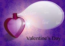 心形的红色光亮的水晶香水瓶喷洒爱词 库存照片