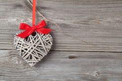 心形的装饰由木头制成 免版税库存图片