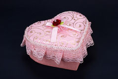 心形配件箱的礼品 免版税库存图片