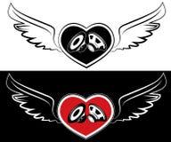 心脏、报告人和翼。纹身花刺背景 库存照片