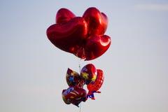 心脏、汽车和baloon 库存图片
