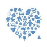 心脏与玩具的形状设计男婴的 免版税库存图片