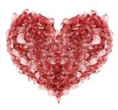 心脏从在白色隔绝的红色红宝石水晶的形状标志 免版税库存图片