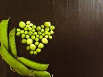 心脏做用豌豆和几荚 库存照片
