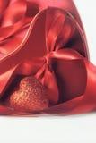 心脏和丝带华伦泰的 库存图片