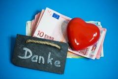 心脏在钞票, â '¬说谎 库存照片