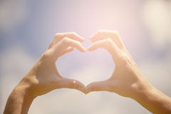 心脏形状手 库存照片