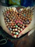 心脏形状铅笔 免版税库存照片