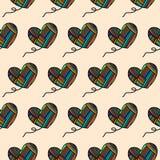 心脏毛纱色的彩虹的手拉的无缝的样式纹理的衣裳包裹包裹的 向量例证