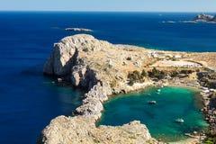 心脏海湾在Lindos,罗得岛,希腊 免版税图库摄影