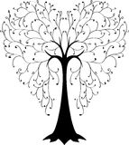 以心脏的形式树 免版税库存图片