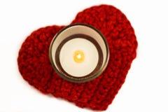 心脏钩针编织沿海航船和蜡烛 免版税库存图片