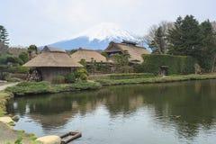 忍野Hakkai一个小村庄在Fuji五湖地区 库存照片