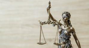 忒弥斯雕象正义称法律律师概念 免版税图库摄影