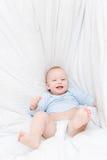 快乐婴孩床的秋天一点 免版税图库摄影