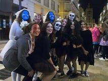 快乐的万圣夜2015年10月31日马拉加,西班牙 免版税库存照片
