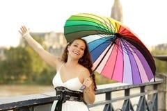 快乐的伞妇女 免版税库存图片