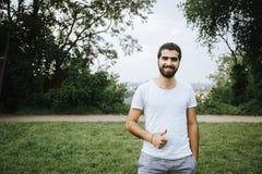 快乐的叙利亚人画象  库存图片