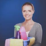 快乐的妇女清洗某事与小捆和浪花殷勤地 库存图片