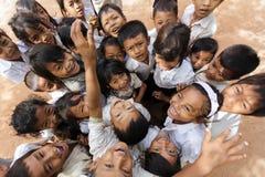 快乐的柬埔寨孩子小组 免版税图库摄影
