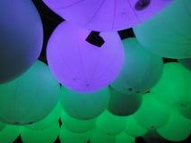 快乐的环境的气球艺术 免版税库存照片