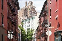 快乐街道和Waverly在历史的Greenw安置交叉点 免版税库存图片
