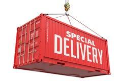 快递-红色垂悬的货箱 免版税库存图片