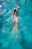 快速地游泳 库存照片