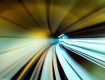 快速地移动的火车 库存图片