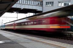 快速的捷克火车 免版税库存图片