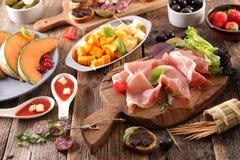 快餐和开胃小菜 免版税库存图片