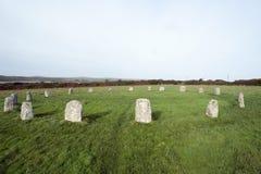 快活的未婚石圈子在康沃尔郡 免版税库存照片