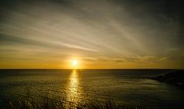 忽略日落的美丽的景色点 图库摄影