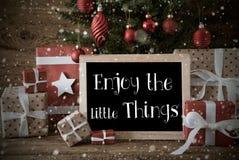 怀乡圣诞树,行情享受小的事,雪花 免版税库存照片