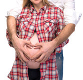 怀孕夫妇的爱 图库摄影