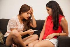 怀孕的担心青少年 免版税库存图片