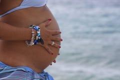 怀孕的胃 图库摄影