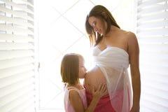 怀孕的腹部 图库摄影