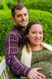 怀孕美好的夫妇 库存图片