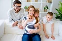 怀孕系列的母亲 免版税库存照片