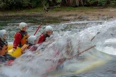 怀特沃特漂流在Kaituna河 免版税库存图片
