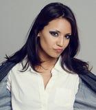 态度性感的妇女年轻人 免版税图库摄影