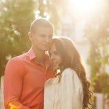 性感的典雅的夫妇时尚照片  免版税库存图片