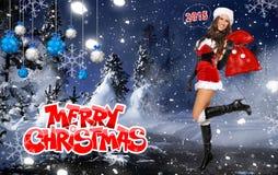 性感的圣诞老人帮手女孩 免版税库存照片