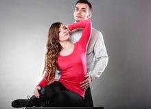 性感的妇女和英俊的人 肉欲的夫妇 库存照片